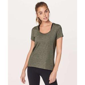 Lululemon Extra Mile Short Sleeve Top Size 8